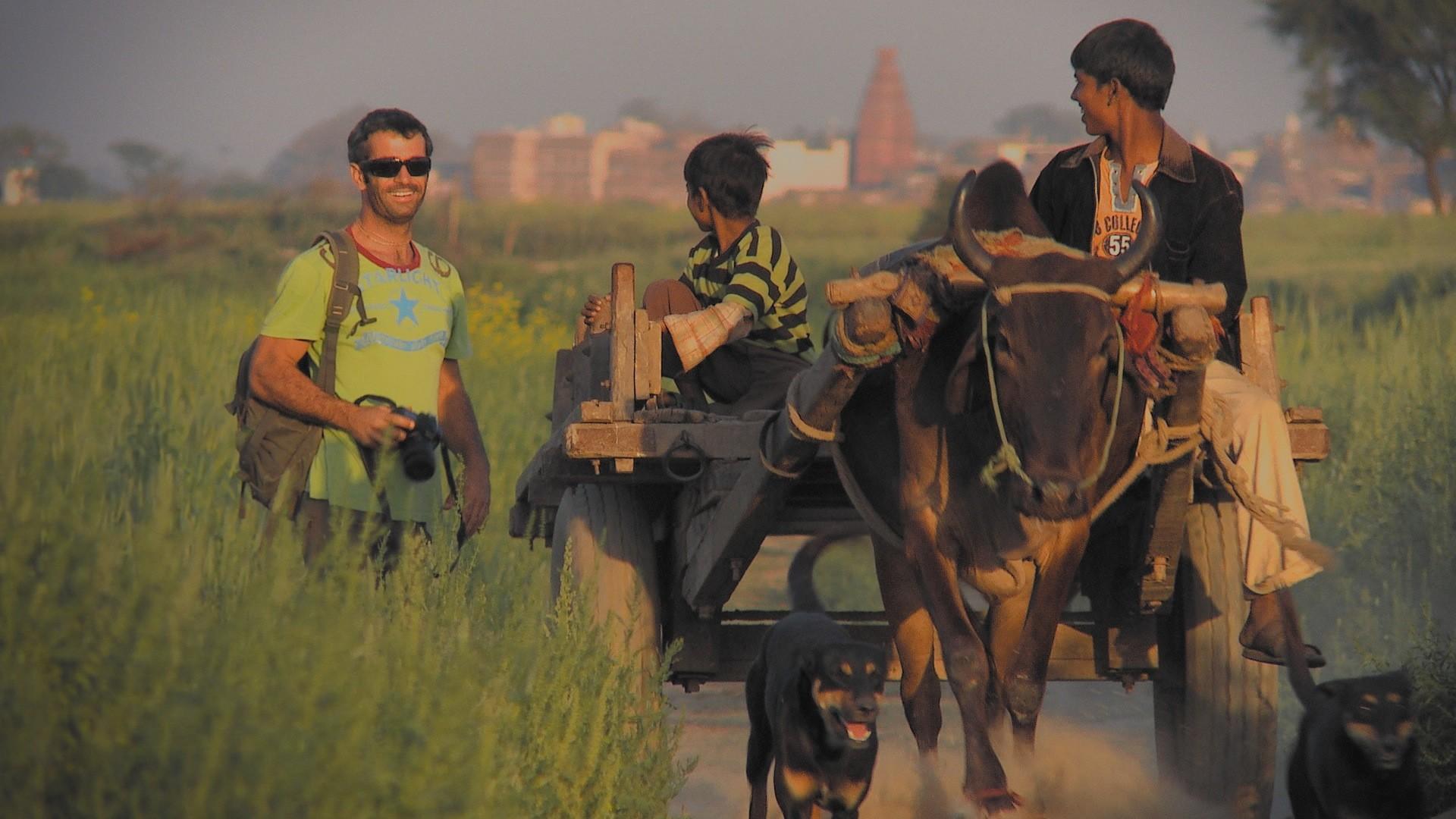 Sean Fletcher meets village boys on a bullock cart